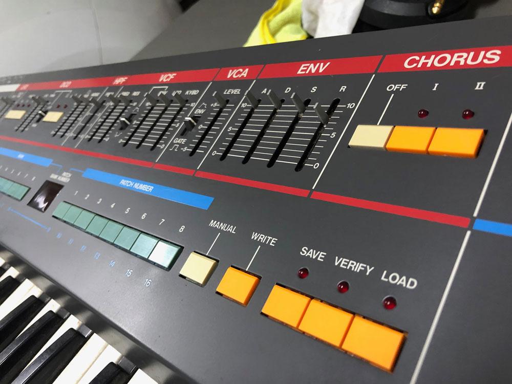 Roland Juno-106 Repair Initial Clean